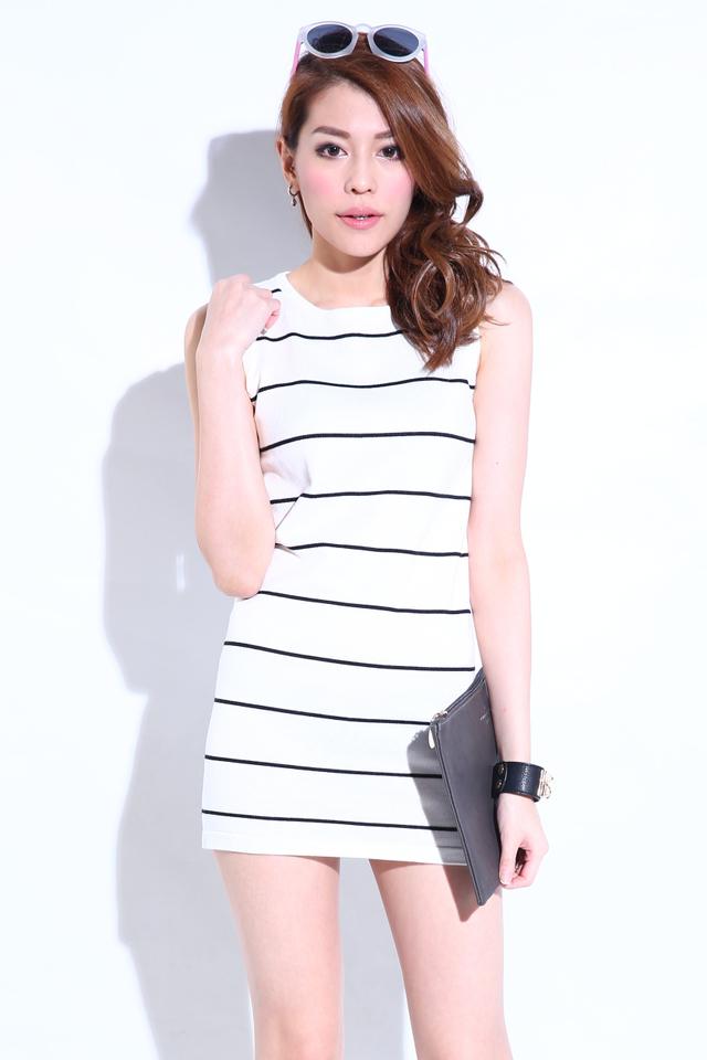 (BACKORDER)Sleeveless Stripy Knit Dress in White