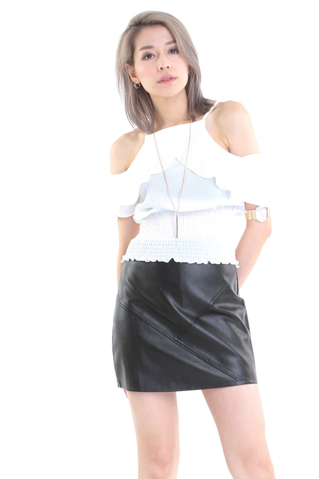 BACKORDER - ABRIEL TOP IN WHITE