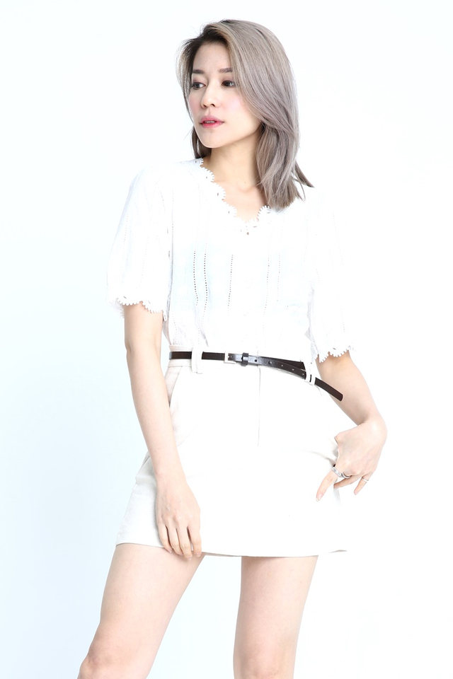 PREORDER- ASTRA CROCHET LACE TOP IN WHITE