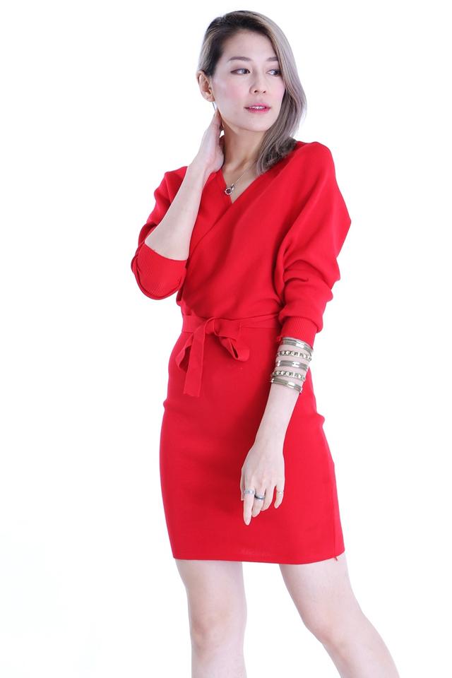 BACKORDER-SAGE KNIT DRESS IN RED