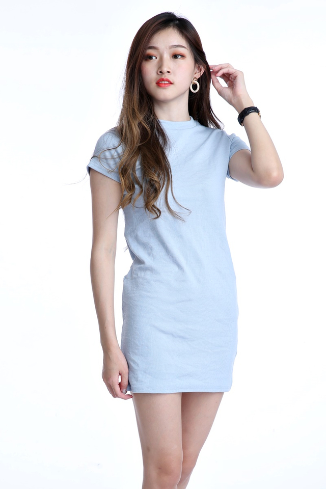 BACKORDER - IRIS SHORT SLEEVE DRESS IN LIGHT BLUE