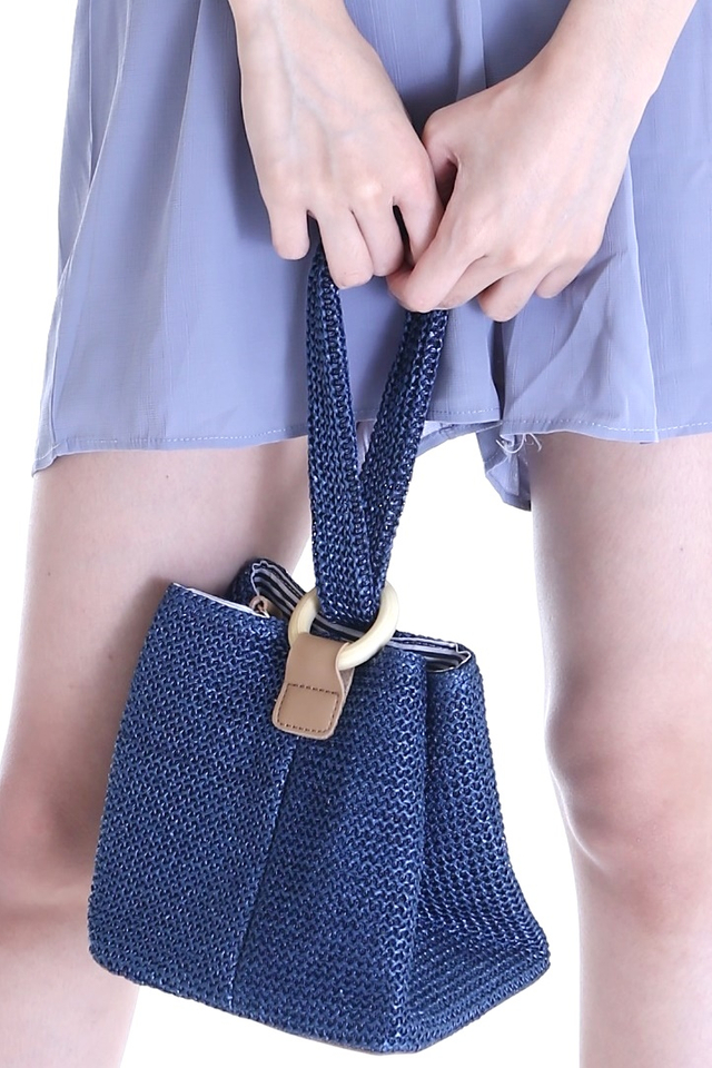 BACKORDER- VIOLA WOVEN SMALL BAG IN BLUE