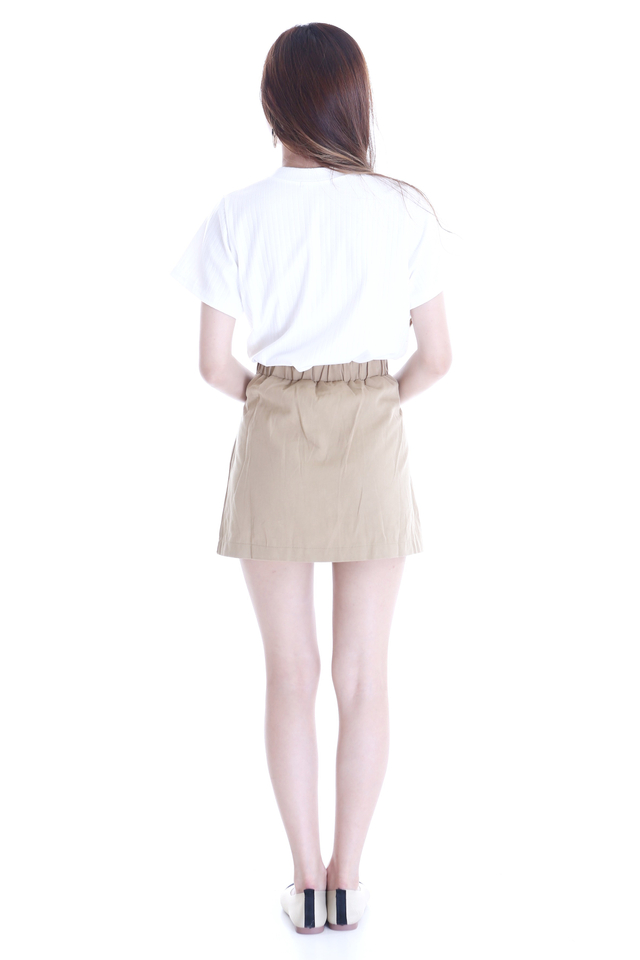 SG IN STOCK- PHOEBE TEE IN WHITE