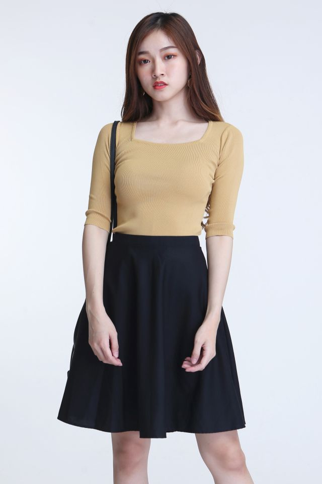 IN STOCK - LIZZY SQUARE NECKLINE KNIT TOP IN MUSTARD YELLOW