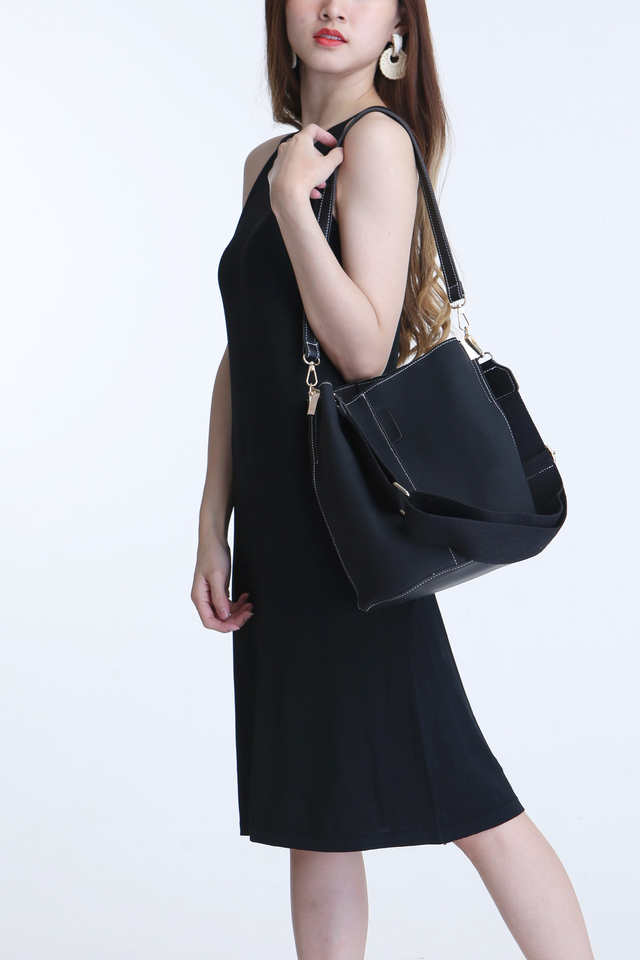 BACKORDER - SUEDE DUO STRAP BUCKET BAG IN BLACK