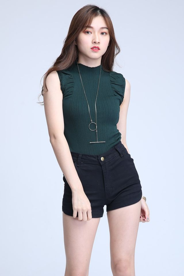 IN STOCK - ORZO KNIT TOP IN GREEN