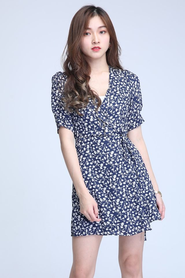 IN STOCK - GRACE FLORAL PRINTS DRESS IN NAVY BLUE