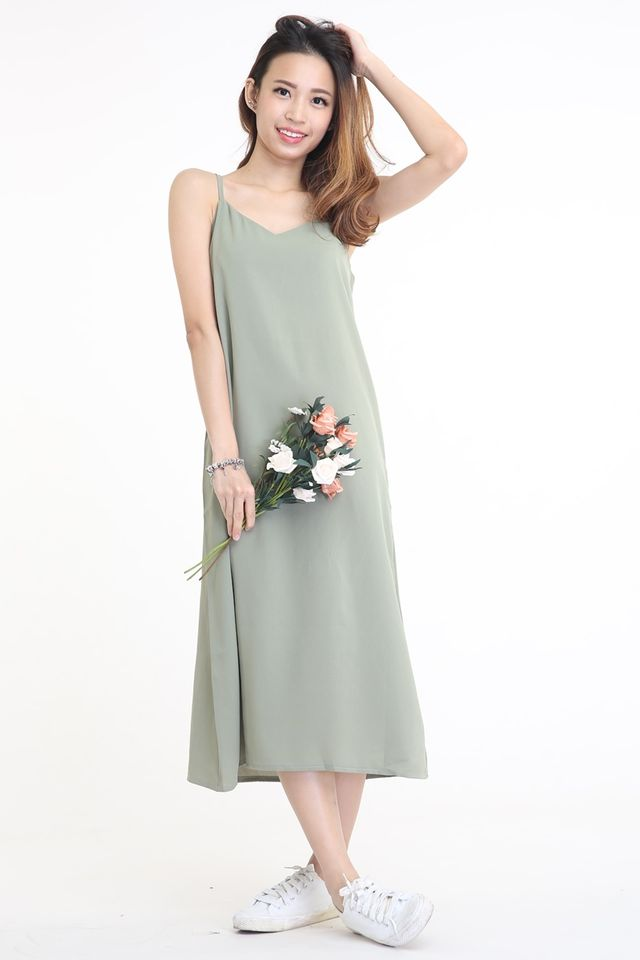 IN STOCK -ADELA MIDI DRESS IN GREEN
