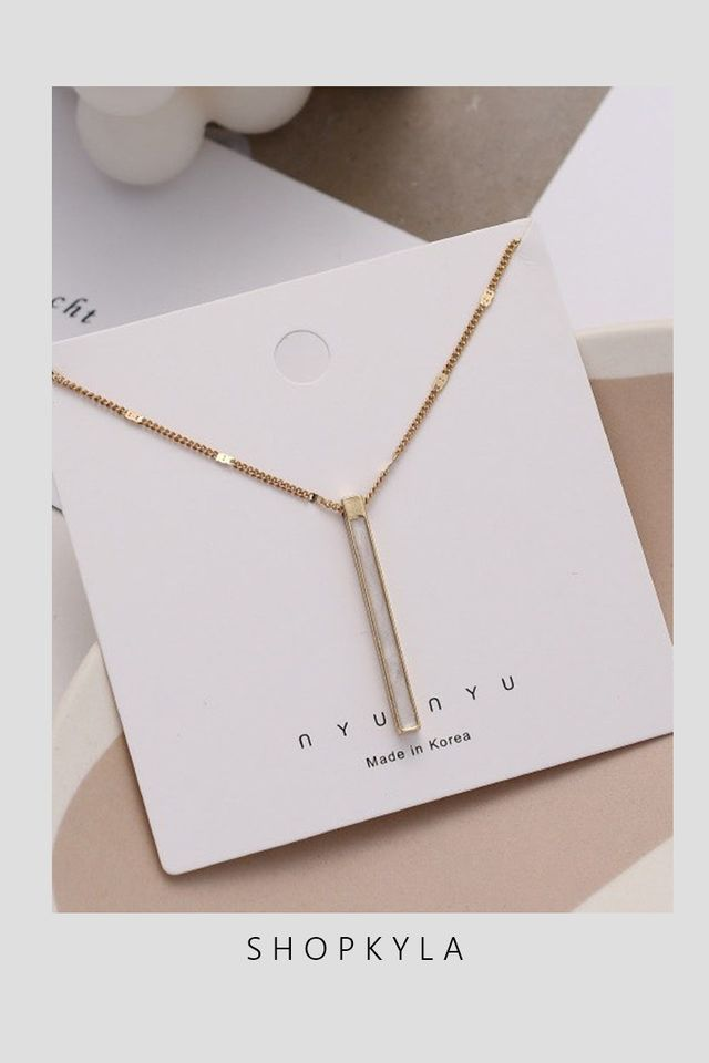 IN STOCK- NECKLACE D103