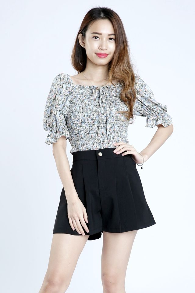 SG IN STOCK - NOAH FLORAL TOP