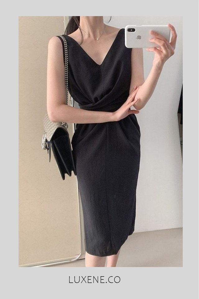 PREORDER - L009 DRESS IN BLACK / MAROON RED