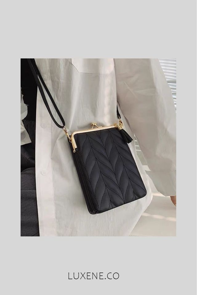 PREORDER - L0346 SLING POUCH